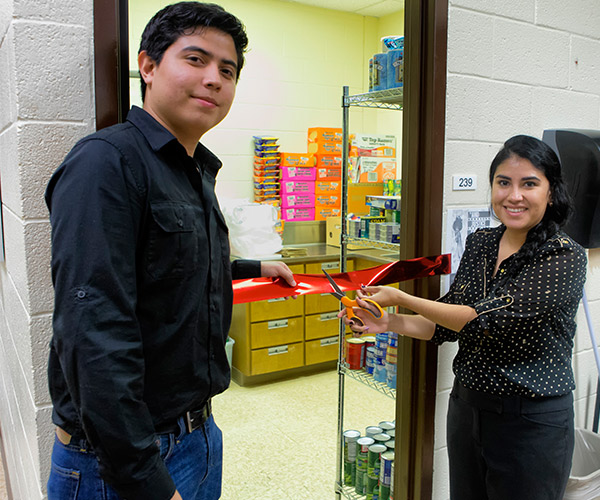UTRGV food pantry now open at the brownsville campus