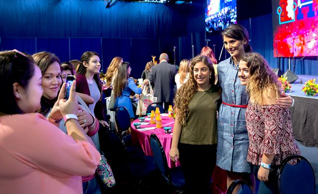 HESTEC Latina Day: CNN journalist talks about supportive mom and growing up in the Valley