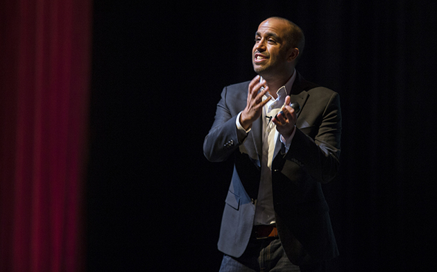 "Motivational speaker Neil Pasricha, the second guest in the UTRGV Distinguished Speakers Series sponsored by Student Involvement, was at the Brownsville Campus on Thursday, Jan. 28, 2016, to share his techniques for being happy and finding the ""awesome"" in life. (UTRGV Photo by David Pike)"