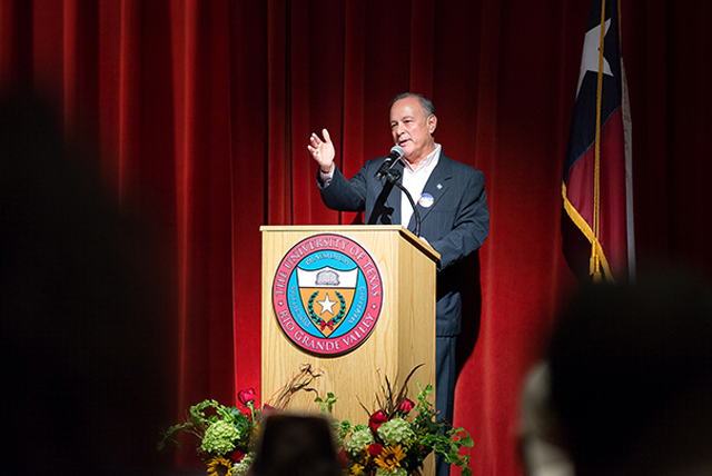 Texas Secretary of State Cascos visits UTRGV, urges students to vote
