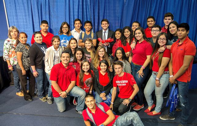 HESTEC's Student Leadership Day on Tuesday, Oct. 4, at the UTRGV Edinburg Campus Group photo