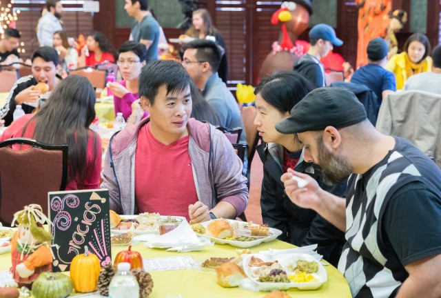UTRGV students from around the world gathered at Salón Cassia on the Brownsville Campus for a traditional Thanksgiving meal of turkey, ham and all the trimmings.
