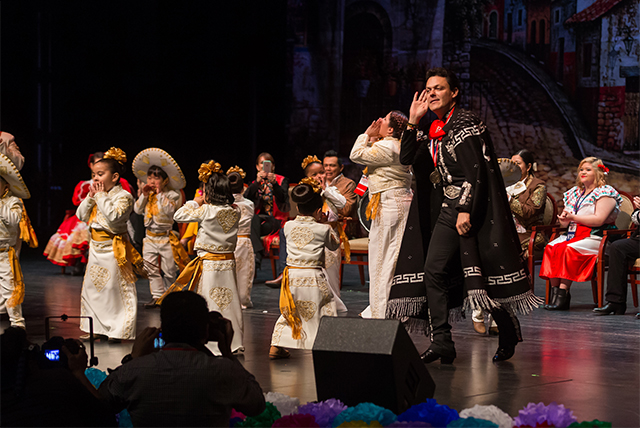 Mr. Amigo Pedro Fernandez wows Charreada audience with warmth, charm