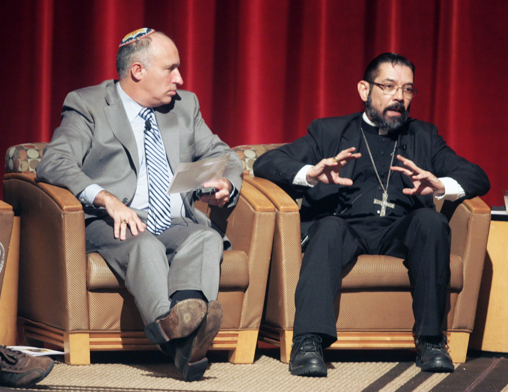 Religious leaders encourage education Image