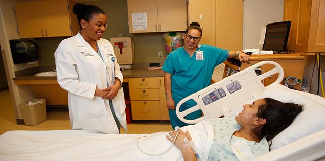 UTRGV | Obstetrics & Gynecology at Doctors Hospital at Renaissance