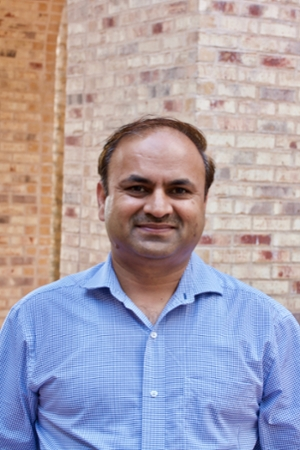 cdbc00679b816 Faculty Profile Picture